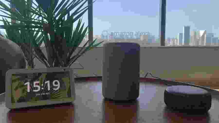 Linha de alto falantes inteligentes Amazon Echo, com a assistente Alexa - Bruna Souza Cruz/UOL