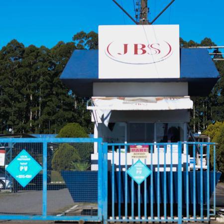 27.mai.2020 - Frigorífico da JBS de Caxias do Sul, no Rio Grande do Sul - Antonio Machado/Futura Press/Estadão Conteúdo