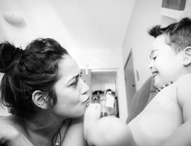Rafaela Monteiro e seu filho Luiz fazem sucesso com fotos e vídeos no Instagram - Reprodução
