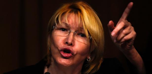 """""""Desconheço as decisões (...) e não as assumo porque estão à margem da Constituição e da lei"""", disse Luisa Ortega"""