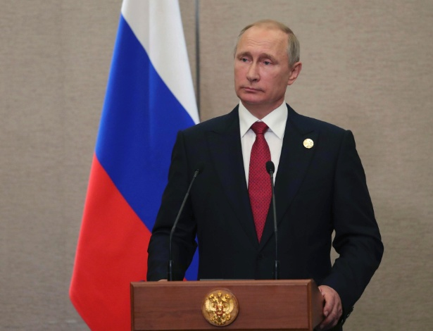 Vladimir Putin, em conferência de imprensa depois da cúpula dos Brics, na China