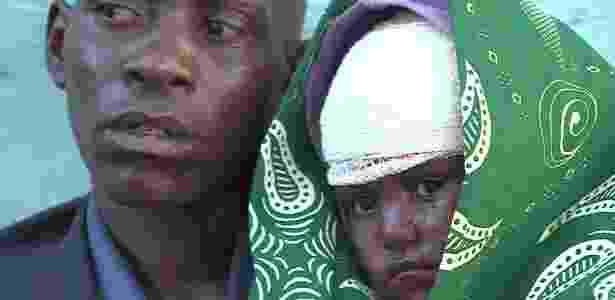 Jeremy e a filha Rose Mapenzi - menina ficou ferida durante o ataque - BBC - BBC