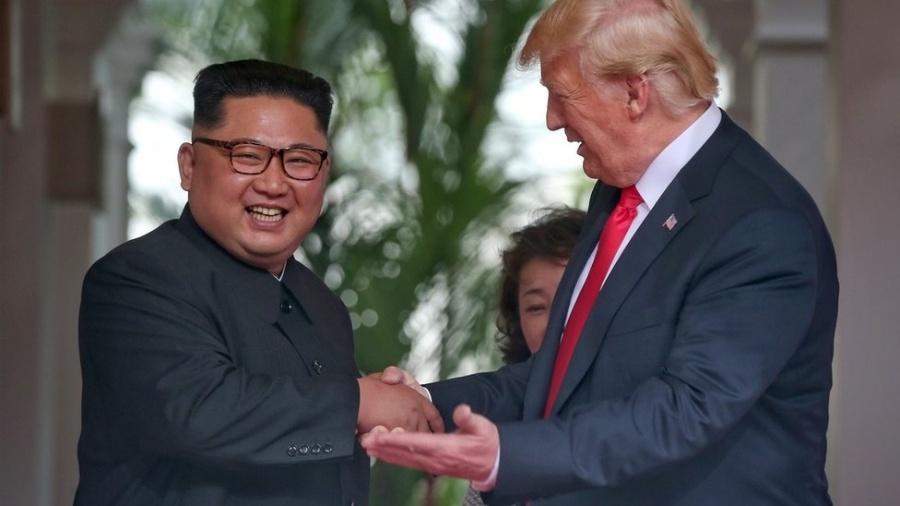 Aperto de Kim e Trump foi assistido pelo mundo inteiro nesta terça - Getty Images