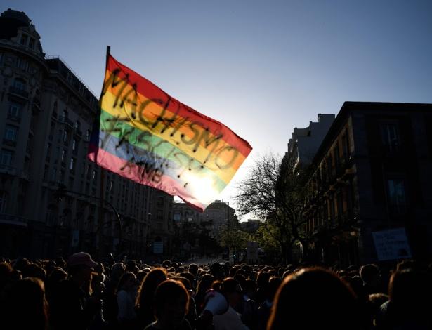 Manifestações em Madri em maio, após tribunal descartar acusação de estupro  - Gabriel Bouys/AFP
