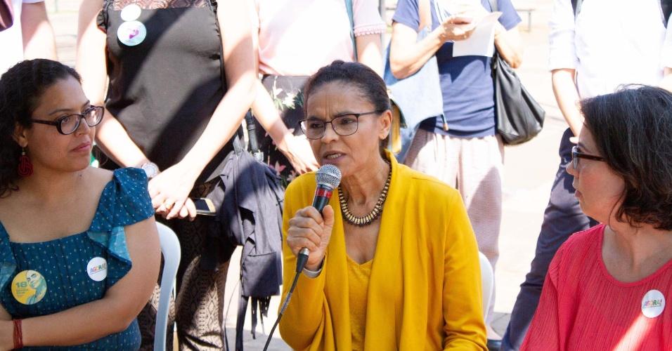 3.set.2018 - A candidata à presidência da República pela REDE, Marina Silva participa de roda de conversa com o Movimento Agora, no Largo da Batata, em Pinheiros, em São Paulo (SP), na manhã desta segunda-feira