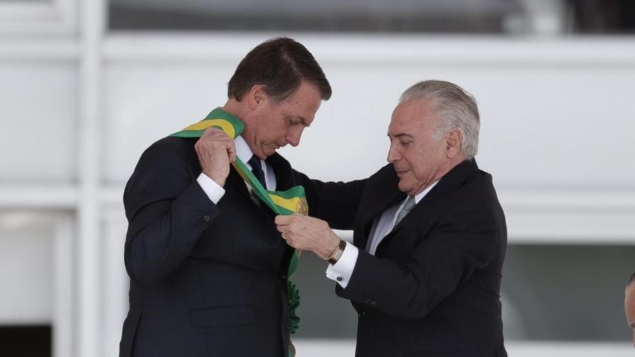 Michel Temer transmite a faixa presidencial para Jair Messias Bolsonaro - Pedro Ladeira/Folhapress