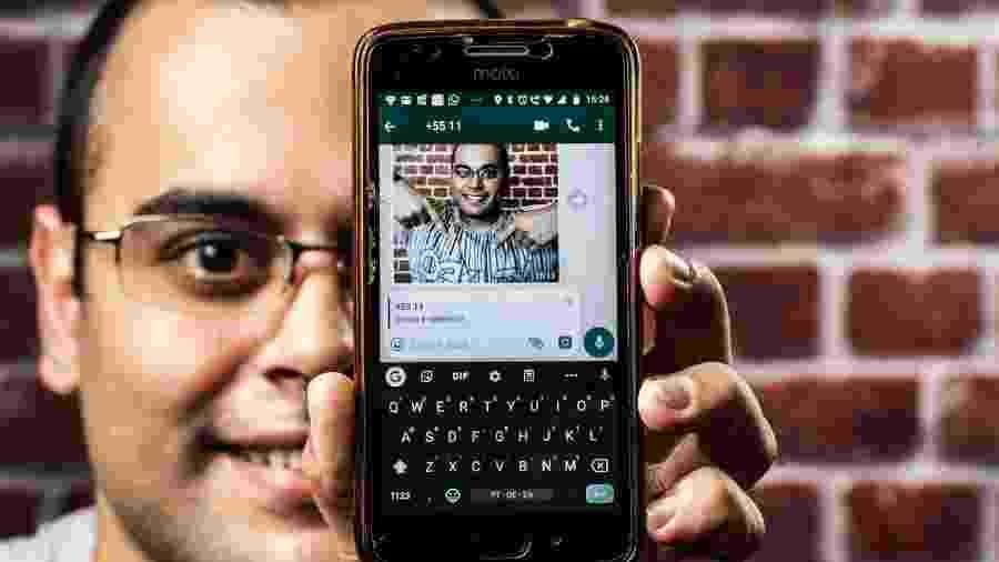 Jhony Costa, usuário do WhatsApp Beta - Fernando Moraes/UOL
