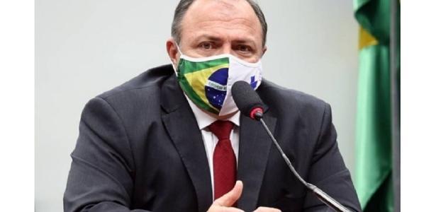 Vacina no Brasil: Pazuello diz AstraZeneca foi melhor opção na época
