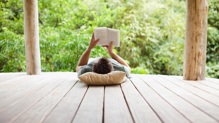 Livros e histórias de sucesso podem servir de inspiração para quem busca se reinventar  - Getty Images