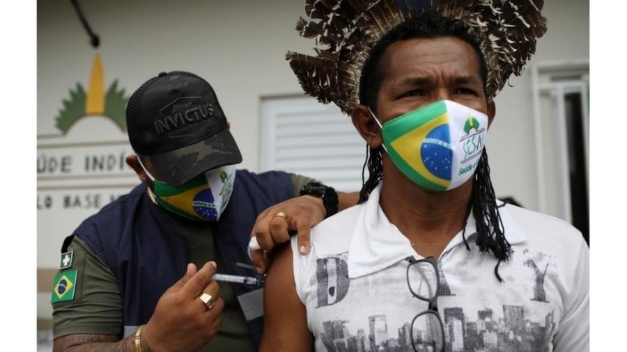 Menos indígenas estão morrendo por covid-19, mas epidemia de fake news assusta - Bruno Kelly/Reuters