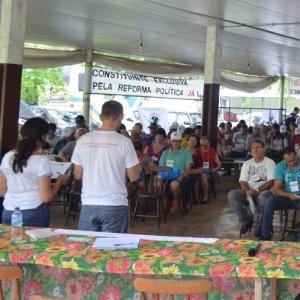 Reunião da comissão dos atingidos pela hidrelétrica São Roque, no vale do rio Canoas, em Santa Catarina