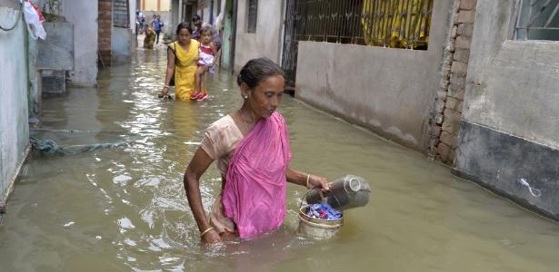 Sudeste asiático vive uma de suas piores inundações em décadas  - Diptendu Dutta/ AFP