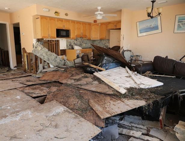 Casa foi destruída após a passagem do furacão Irma, em Marathon, na Flórida