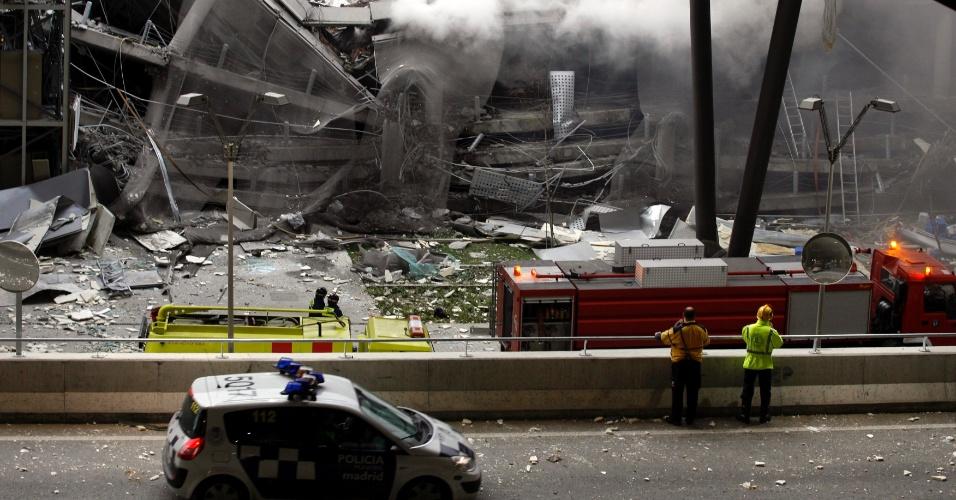 30.dez.2006 - Após trégua em março de 2006, ETA realizou atentado no aeroporto de Madrid que deixou dois mortos e 19 feridos