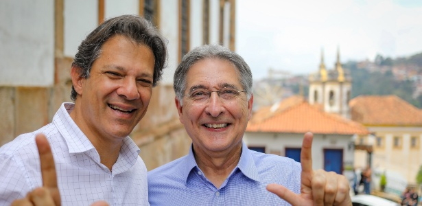 Fernando Haddad (PT) faz campanha em Ouro Preto ao lado do governador Fernando Pimental, também do PT