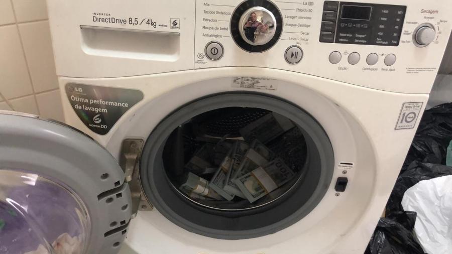 Dinheiro localizado pela PF dentro de máquina de lavar em SP - Divulgação/PF