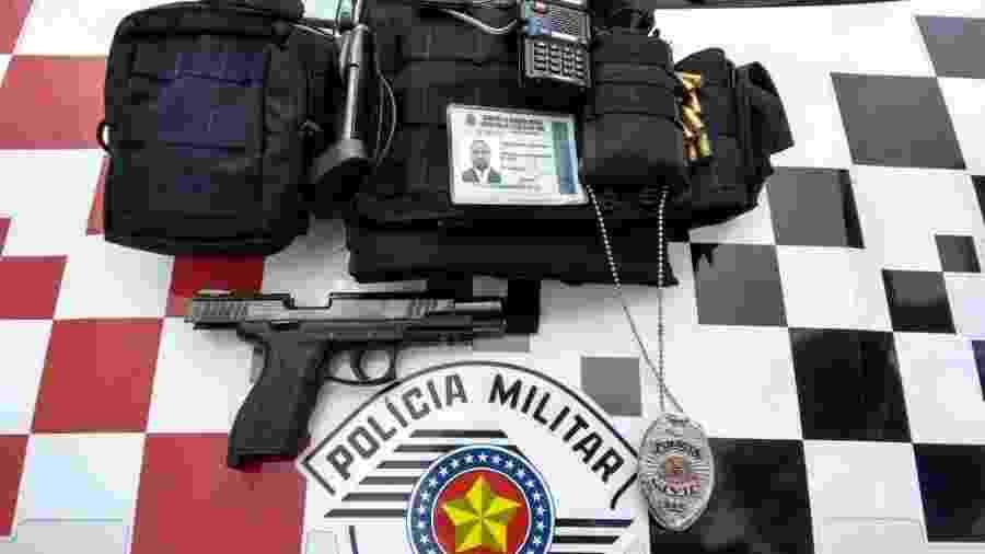 Material apreendido pela PM-SP com falso policial que trabalhou por um ano em delegacia - Divulgação/PM-SP