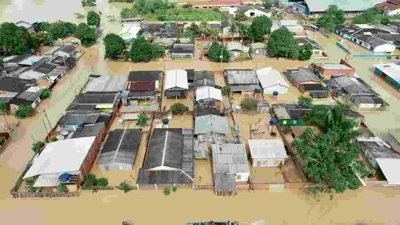 Cheia de rios no Acre afetaram mais de 100 mil pessoas devido às fortes chuvas - Pedro Devani/Secom