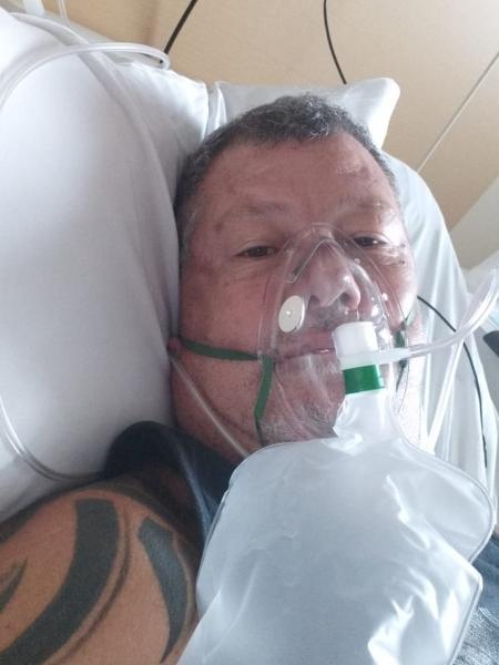 Wilson Assis de Carvalho enquanto esteve internado no hospital São Camilo com covid-19 - Arquivo pessoal