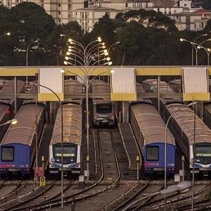 Metroviários não aceitam proposta e podem paralisar serviço em São Paulo