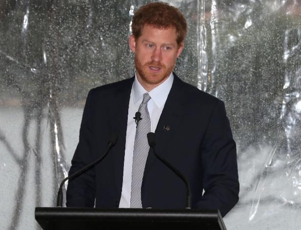 Príncipe Harry faz homenagem a vítimas de ataque em Londres ao discursar em Sydney