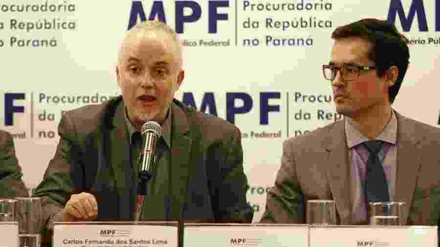 Os procuradores Carlos Fernando e Deltan Dallagnol, da força-tarefa Lava Jato, durante coletiva de imprensa - Paulo Lisboa - 30.nov.2016/Folhapress