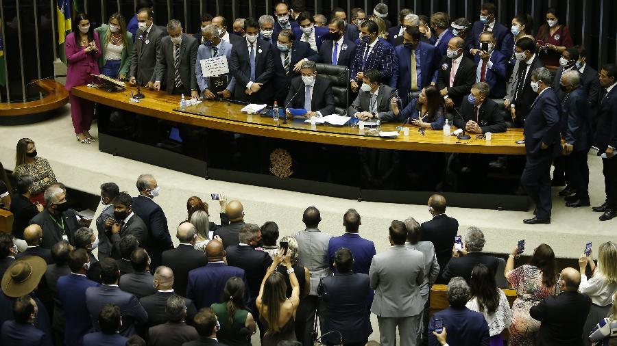 01 fev. 2021 - O presidente eleito da Câmara dos Deputados, Arthur Lira (PP-AL), assume a Mesa Diretora após a eleição da presidência da Casa - DIDA SAMPAIO/ESTADÃO CONTEÚDO