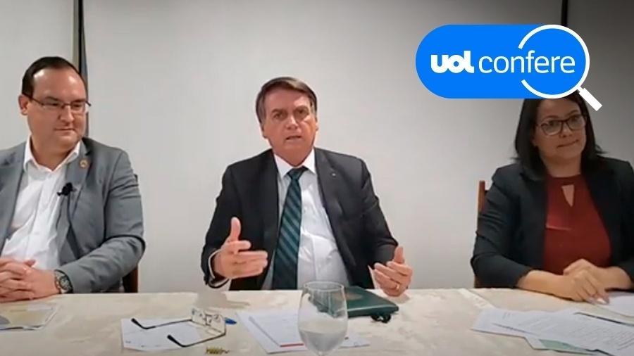 O presidente Jair Bolsonaro, ao centro, ao lado de Marcelo Xavier, presidente da Funai, e da intérprete de libras - UOL Confere/Reprodução