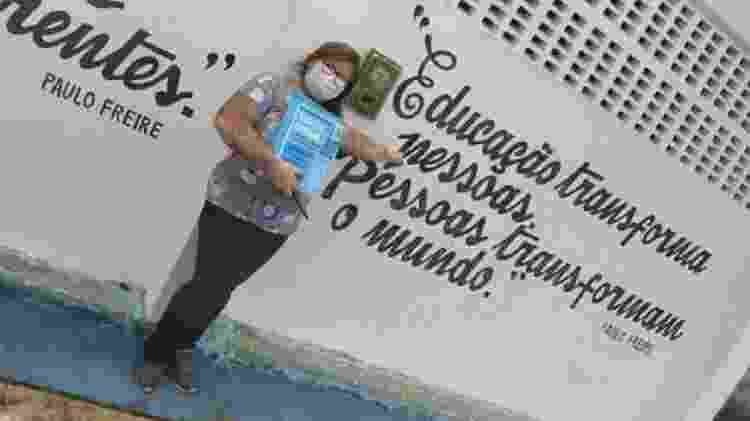 Agente do projeto Busca Ativa Escolar em Neópolis (SE); mobilização evitou que se concretizasse uma grande queda no número de matrículas - BUSCA ATIVA ESCOLAR NEÓPOLIS-SE - BUSCA ATIVA ESCOLAR NEÓPOLIS-SE