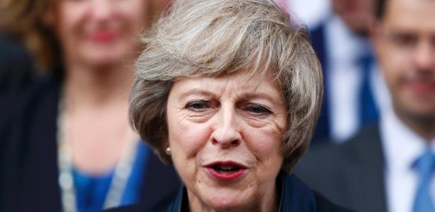 Theresa May concede entrevista aos jornalistas após ser confirmada como líder do Partido Conservador, em Londres - Neil Hall/ Reuters