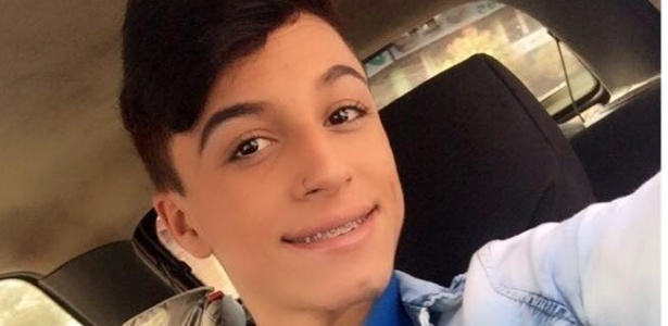 12.jan.2017 - O jovem Itaberli Lozano Rosa, 17, foi assassinado a facadas
