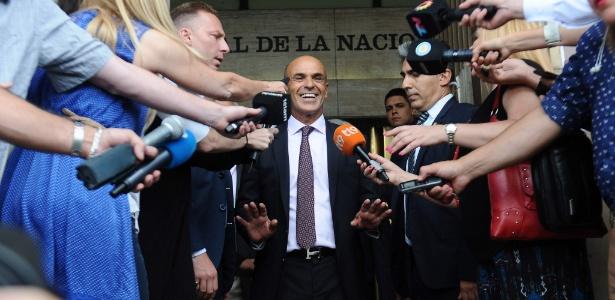Chefe da inteligência da Argentina, Gustavo Arribas, acusado de receber propina da Odebrecht, deixa tribunal em Buenos Aires