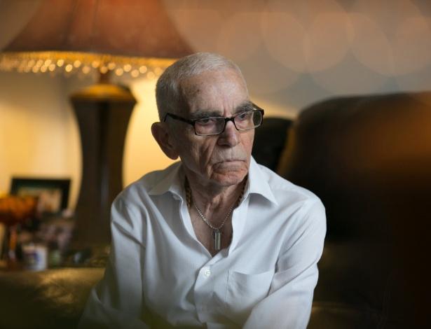 Sam Sommer, 83, que passou décadas tentando limpar seu nome de assassinar seu parceiro de negócios e parente, em casa em New Windsor, Nova York