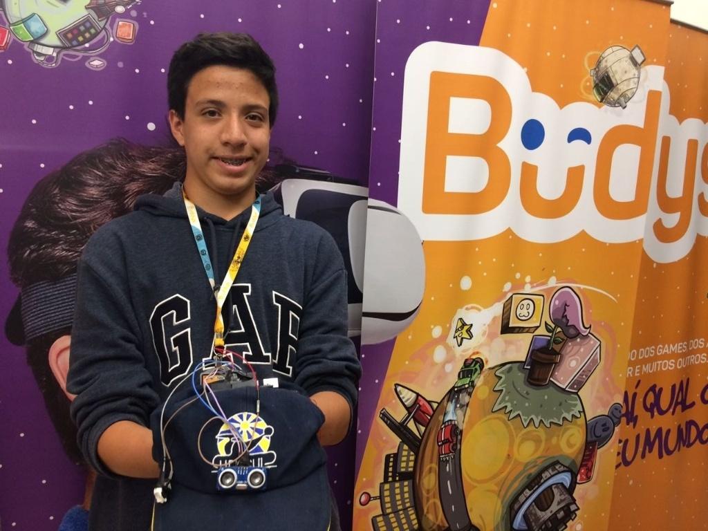 Buddys é uma escola de robótica e programação para crianças e adolescentes