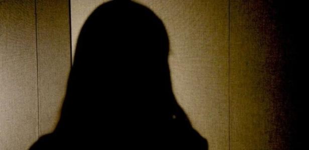 Jovem de 23 anos vende pílulas abortivas e dá instruções por vídeo, texto e áudio. Decisão de criar o serviço veio depois de ser estuprada e engravidar - Ana Terra Athayde/BBC