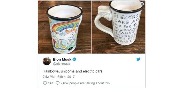Tuíte de Elon Musk de 2017 com foto de caneca ilustrada por unicórnio flatulando