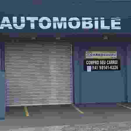 Local para venda de carros está fechado, e os veículos foram retirados de lá - Wagner Carvalho / Colaboração para o UOL