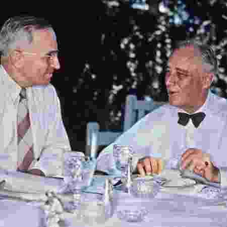 Truman era vice-presidente de FDR; quando este último morreu no cargo, Truman o sucedeu - Getty Images