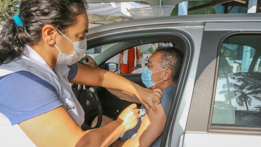 Mais de 38,5 milhões de brasileiros receberam pelo menos uma dose de vacina contra a covid-19 - Sergio Andrade/Governo de São Paulo