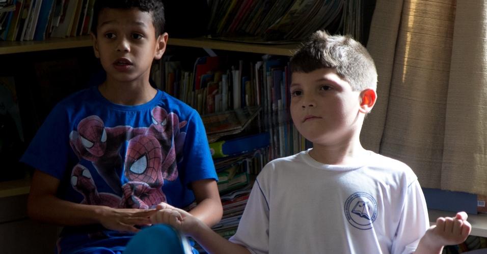 Escola pública de Florianópolis incentiva cultura de paz através da meditação