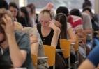 Órgãos públicos alegam crise e não nomeiam aprovados em concursos - Aline Arruda/UOL
