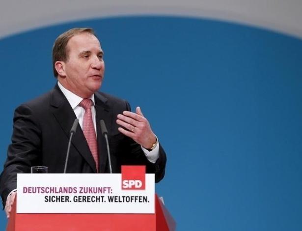 O primeiro-ministro da Suécia, Stefan Lofven, discursa em evento em Berlim