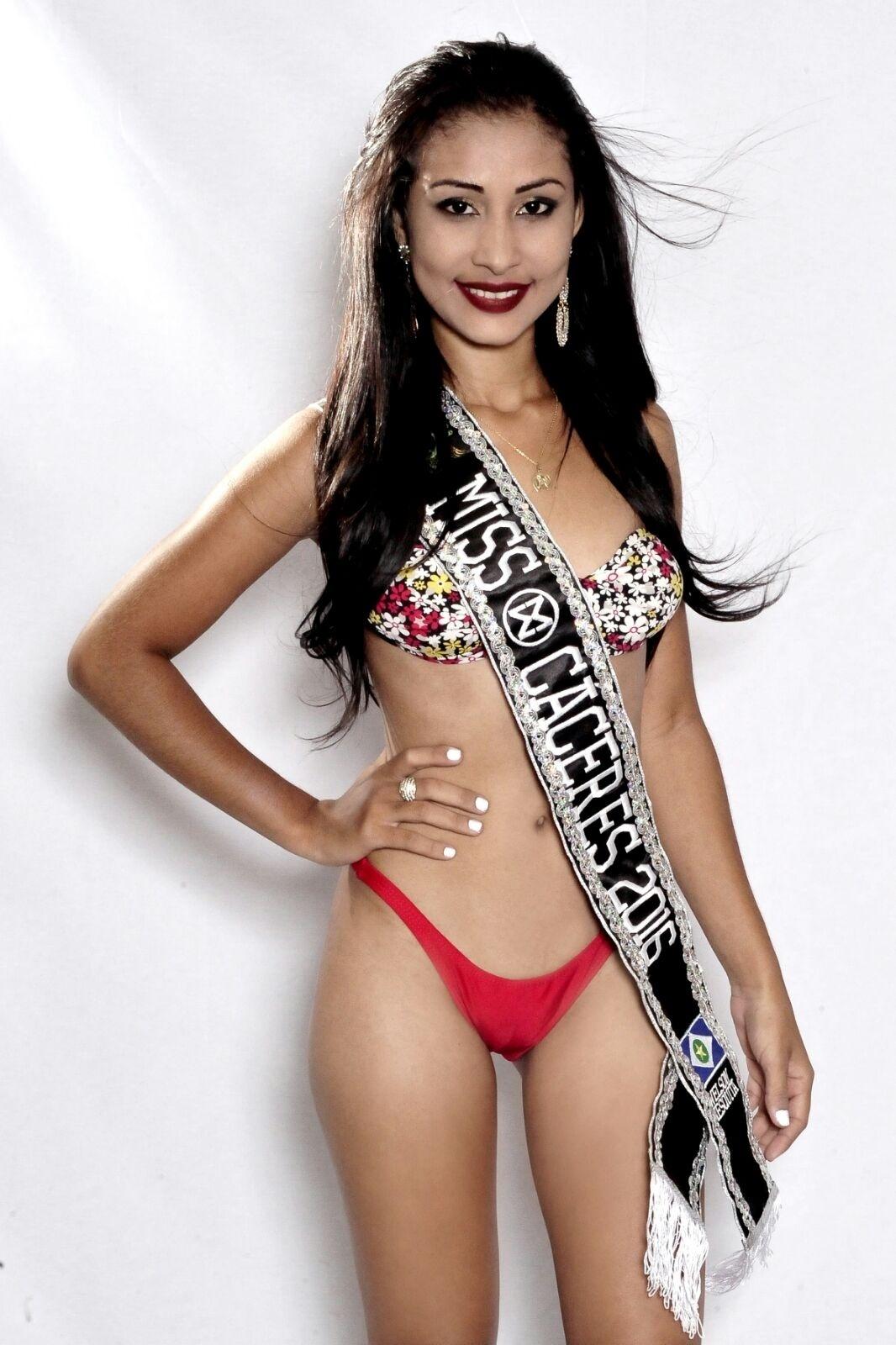 27.jan.2016 - Cáceres - Neulyane Nayara Alves da Silva, 20 anos