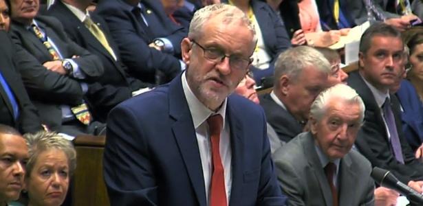 O líder do Partido Trabalhista britânico, Jeremy Corbyn, em sessão no Parlamento, em Londres