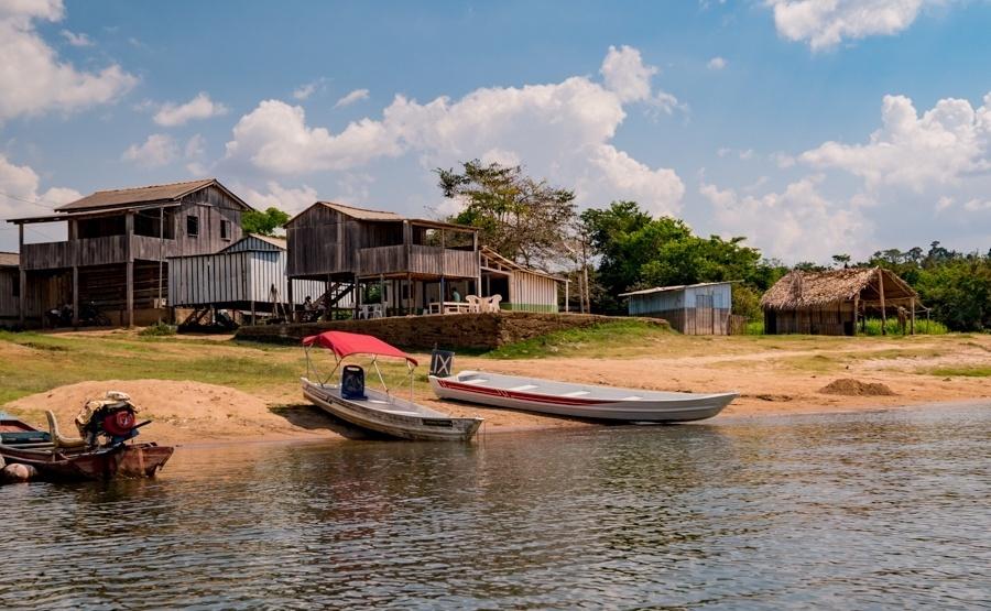 A Vila da Ressaca é uma das três comunidades garimpeiras que serão atingidas pelo projeto de mineração da Belo Sun, para extração de ouro. Projeto pretende se instalar a cerca de 10 quilômetros da usina de Belo Monte (Altamira, PA)