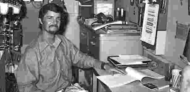 O ex-agente da CIA Dave Sharp a bordo do falso navio de mineração Hughes Glomar Explorer - Dave Sharp - Dave Sharp