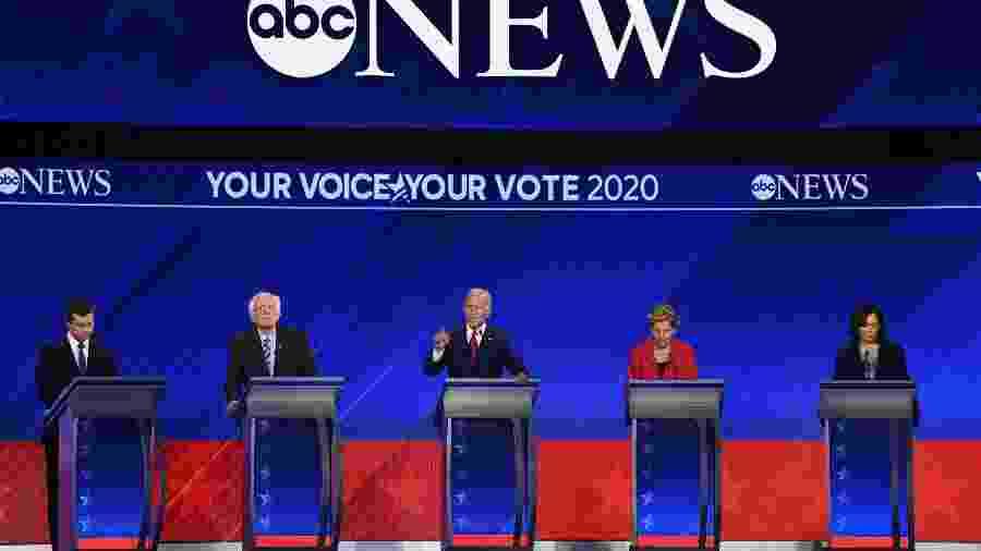 Debate entre pré-candidatos a presidência do Partido Democrata promovido pela ABC News - Robyn Beck/AFP