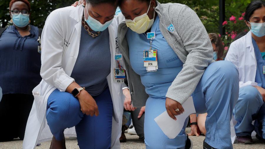 Enfermeiras que trabalham no enfrentamento a covid-19 - BRIAN SNYDER/REUTERS