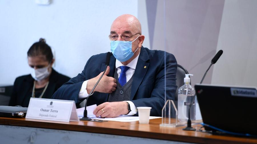 O deputado federal Osmar Terra (MDB-RS), admitiu ter errado em diversas de suas projeções  - Edilson Rodrigues/Agência Senado