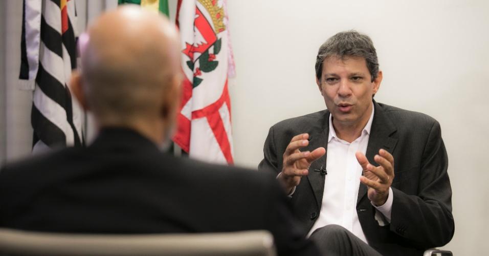 """19.fev.2016 - Fernando Haddad acha que falta """"maturidade emocional"""" na política brasileira atual"""